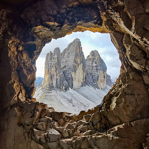 hole in the mountain image